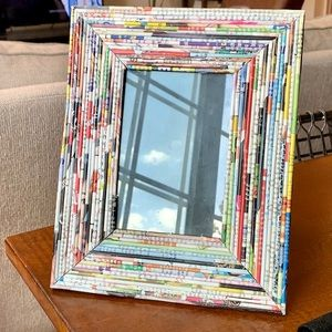 Recycled magazine 4x6 picture frame ✨